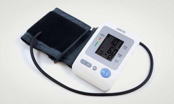 misuratore sanitas-sbm-21_1 con bracciale